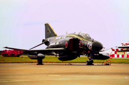 AWACSさんが、三沢飛行場で撮影した航空自衛隊 F-4EJ Kai Phantom IIの航空フォト(飛行機 写真・画像)