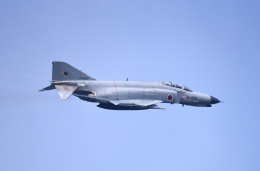 Aurora56さんが、茨城空港で撮影した航空自衛隊 F-4EJ Kai Phantom IIの航空フォト(飛行機 写真・画像)