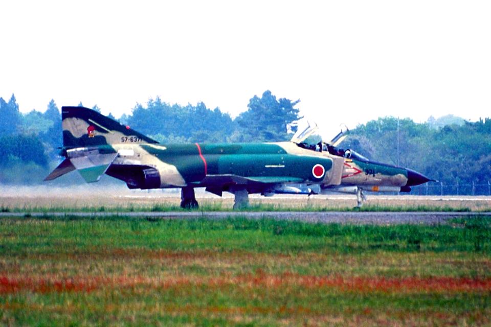 AWACSさんの航空自衛隊 Mitsubishi RF-4EJ Phantom II (57-6371) 航空フォト