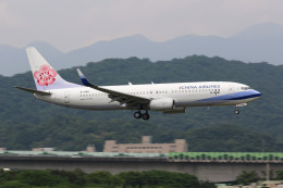 HLeeさんが、台北松山空港で撮影したチャイナエアライン 737-8ALの航空フォト(飛行機 写真・画像)