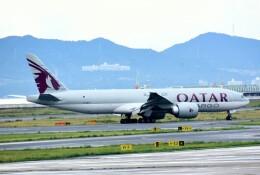 航空フォト:A7-BFT カタール航空カーゴ 777-200