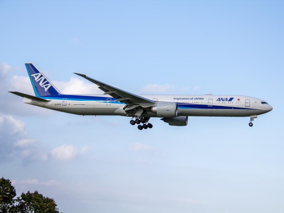 Mame @ TYOさんの全日空 Boeing 777-300 (JA797A) 航空フォト