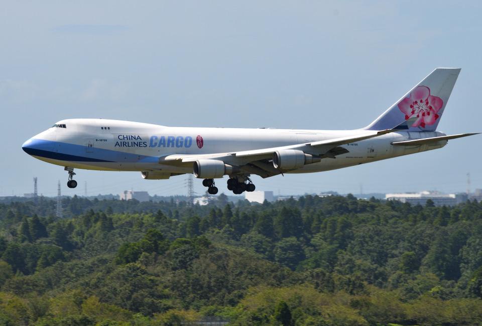mojioさんのチャイナエアライン Boeing 747-400 (B-18720) 航空フォト