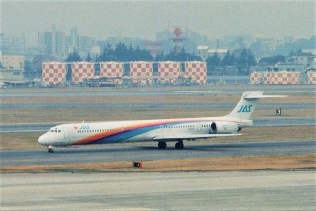 kintaroさんが、伊丹空港で撮影した日本エアシステム MD-90-30の航空フォト(飛行機 写真・画像)
