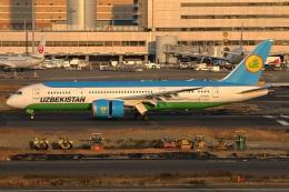 たみぃさんが、羽田空港で撮影したウズベキスタン航空 787-8 Dreamlinerの航空フォト(飛行機 写真・画像)