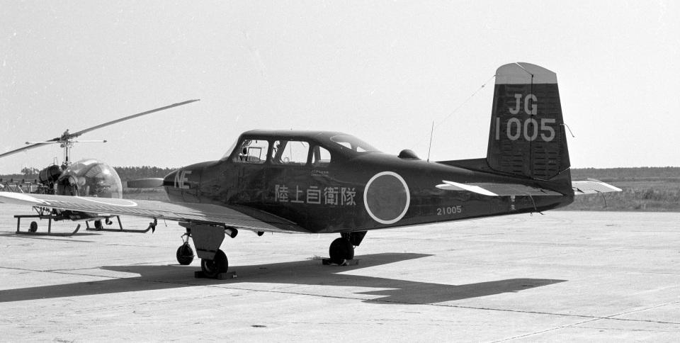 Y.Todaさんの陸上自衛隊 Fuji LM-1/LM-2 (21005) 航空フォト