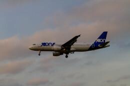 jombohさんが、ロンドン・ヒースロー空港で撮影したエールフランス航空 A320-214の航空フォト(飛行機 写真・画像)