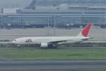 kumagorouさんが、羽田空港で撮影した日本航空 777-246の航空フォト(飛行機 写真・画像)