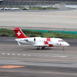 誘喜さんが、羽田空港で撮影したREGA スイスエア-アンビュランス CL-600-2B16 Challenger 650の航空フォト(飛行機 写真・画像)