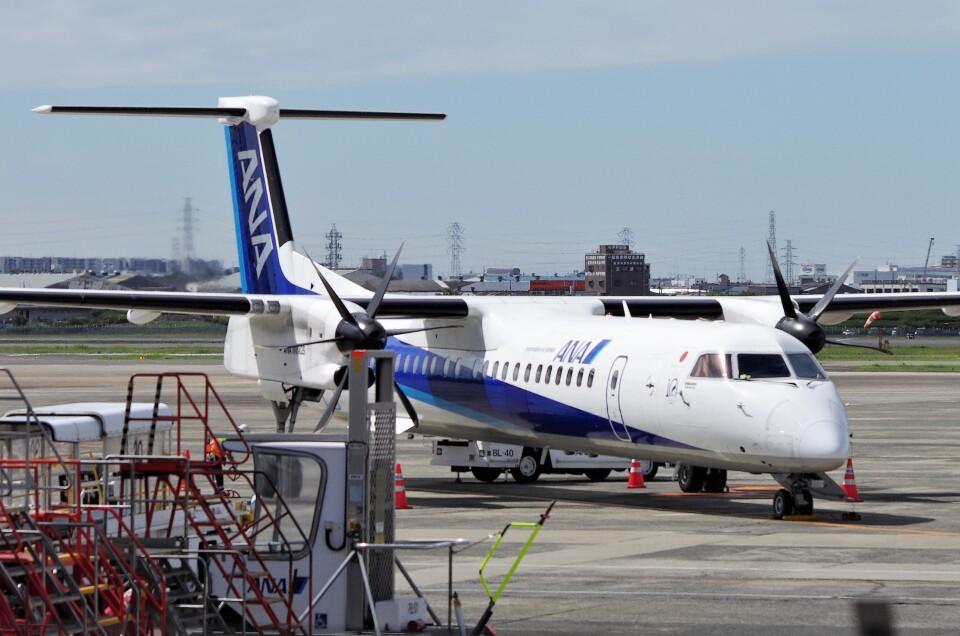 mild lifeさんのANAウイングス Bombardier DHC-8-400 (JA461A) 航空フォト