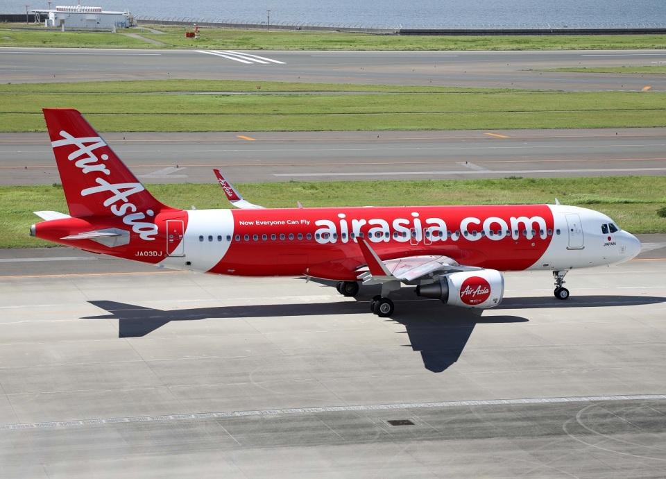 voyagerさんのエアアジア・ジャパン Airbus A320 (JA03DJ) 航空フォト
