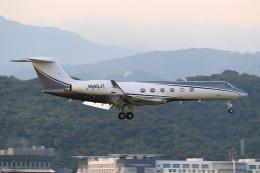 HLeeさんが、台北松山空港で撮影したJJC Aviation LLC New York G500/G550 (G-V)の航空フォト(飛行機 写真・画像)