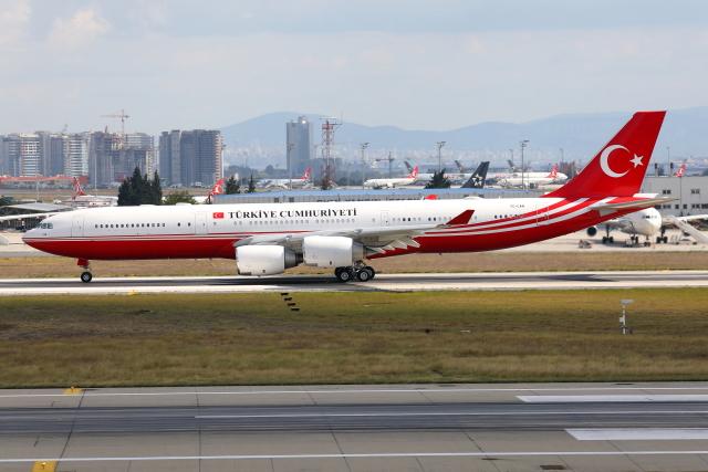 TIA spotterさんが、アタテュルク国際空港で撮影したトルコ政府 A340-542の航空フォト(飛行機 写真・画像)