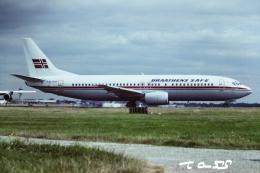 tassさんが、ロンドン・ガトウィック空港で撮影したブラーテンズ 737-405の航空フォト(飛行機 写真・画像)