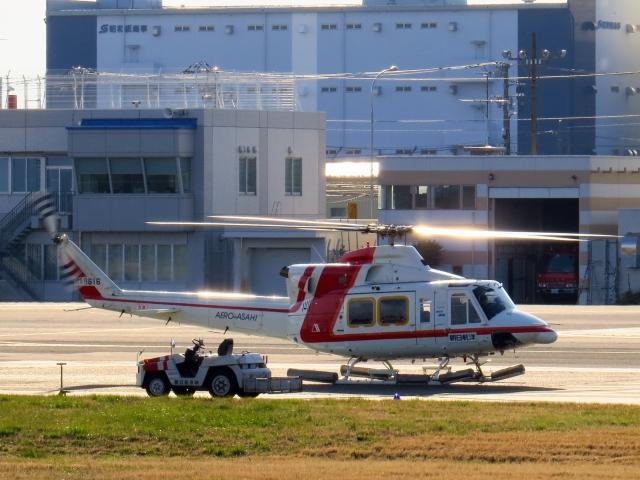 kaeru6006さんが、東京ヘリポートで撮影した朝日航洋 412の航空フォト(飛行機 写真・画像)