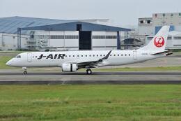 @たかひろさんが、伊丹空港で撮影したジェイエア ERJ-190-100(ERJ-190STD)の航空フォト(飛行機 写真・画像)