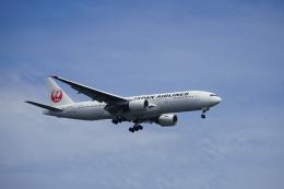 レドームさんが、羽田空港で撮影した日本航空 777-289の航空フォト(飛行機 写真・画像)