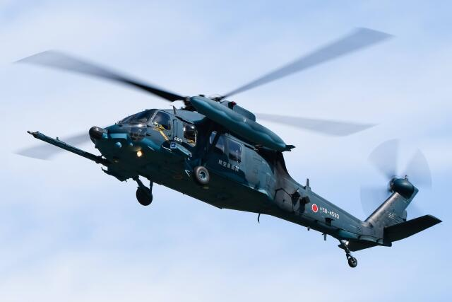 ROSENTHALさんが、小松空港で撮影した航空自衛隊 UH-60Jの航空フォト(飛行機 写真・画像)