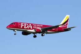 mocohide☆さんが、福岡空港で撮影したフジドリームエアラインズ ERJ-170-200 (ERJ-175STD)の航空フォト(飛行機 写真・画像)