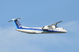 EC5Wさんが、中部国際空港で撮影したANAウイングス DHC-8-402Q Dash 8の航空フォト(飛行機 写真・画像)