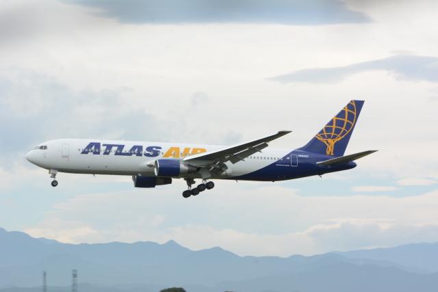 banshee02さんが、横田基地で撮影したアトラス航空 767-31A/ERの航空フォト(飛行機 写真・画像)