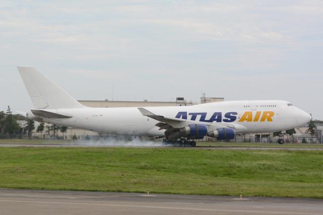banshee02さんが、横田基地で撮影したアトラス航空 747-412(BCF)の航空フォト(飛行機 写真・画像)