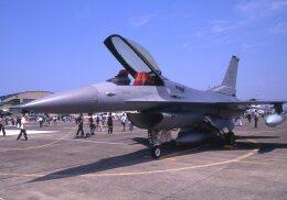 F-4さんが、厚木飛行場で撮影したアメリカ空軍 F-16C Fighting Falconの航空フォト(飛行機 写真・画像)