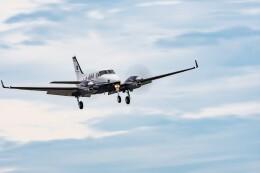 NCT310さんが、調布飛行場で撮影したアジア航測 C90GTi King Airの航空フォト(飛行機 写真・画像)