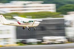 NCT310さんが、調布飛行場で撮影した東京航空 172P Skyhawkの航空フォト(飛行機 写真・画像)