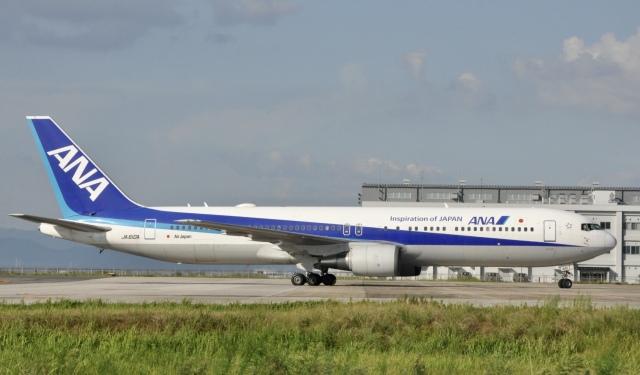 スキマ特急さんが、米子空港で撮影した全日空 767-381/ERの航空フォト(飛行機 写真・画像)