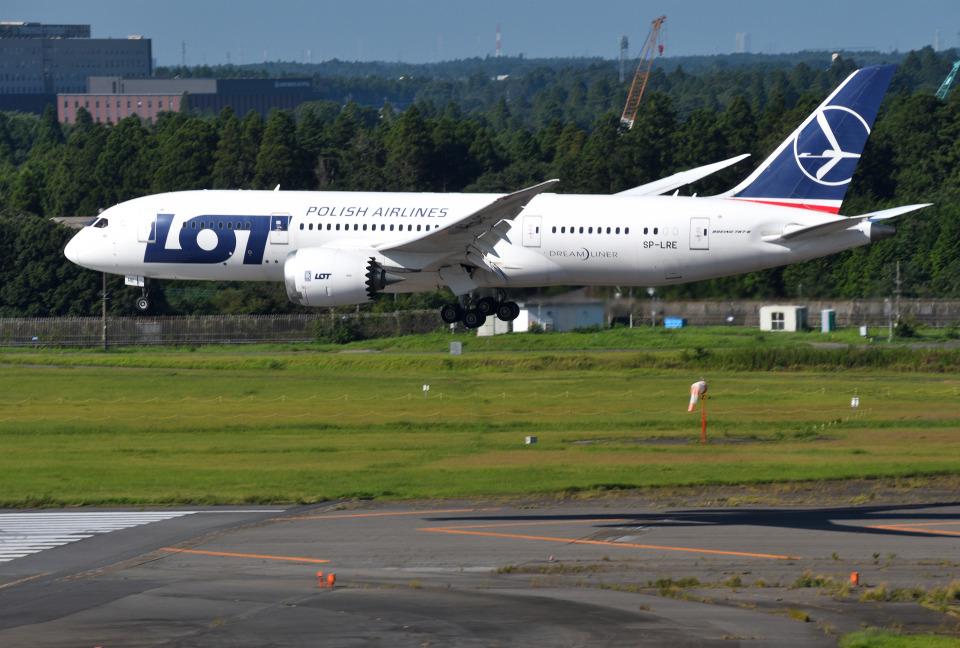 mojioさんのLOTポーランド航空 Boeing 787-8 Dreamliner (SP-LRE) 航空フォト
