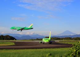 タミーさんが、静岡空港で撮影したフジドリームエアラインズ ERJ-170-100 SU (ERJ-170SU)の航空フォト(飛行機 写真・画像)