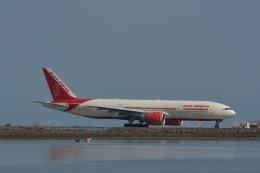 小弦さんが、サンフランシスコ国際空港で撮影したエア・インディア 777-237/LRの航空フォト(飛行機 写真・画像)