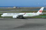 キイロイトリさんが、那覇空港で撮影した日本航空 A350-941の航空フォト(飛行機 写真・画像)