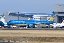 ポン太さんが、成田国際空港で撮影したベトナム航空 A321-231の航空フォト(飛行機 写真・画像)