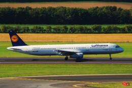 ちっとろむさんが、ウィーン国際空港で撮影したルフトハンザドイツ航空 A321-231の航空フォト(飛行機 写真・画像)