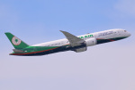 HISAHIさんが、福岡空港で撮影したエバー航空 787-9の航空フォト(飛行機 写真・画像)