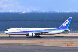 Jyunpei Ohyamaさんが、羽田空港で撮影した全日空 767-381の航空フォト(飛行機 写真・画像)
