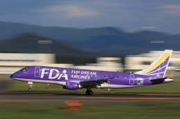 HNANA787さんが、花巻空港で撮影したフジドリームエアラインズ ERJ-170-200 (ERJ-175STD)の航空フォト(飛行機 写真・画像)