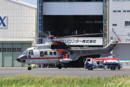 KAZFLYERさんが、東京ヘリポートで撮影した朝日航洋 AS332L Super Pumaの航空フォト(飛行機 写真・画像)