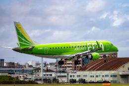 kikiさんが、福岡空港で撮影したフジドリームエアラインズ ERJ-170-200 (ERJ-175STD)の航空フォト(飛行機 写真・画像)