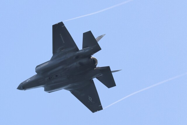 hanatomo735さんが、岩国空港で撮影したアメリカ海兵隊 F-35B Lightning IIの航空フォト(飛行機 写真・画像)