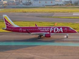 FT51ANさんが、福岡空港で撮影したフジドリームエアラインズ ERJ-170-200 (ERJ-175STD)の航空フォト(飛行機 写真・画像)