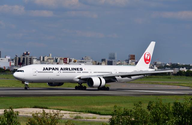かえでさんが、伊丹空港で撮影した日本航空 777-346の航空フォト(飛行機 写真・画像)