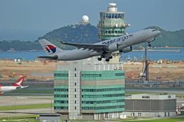 Souma2005さんが、香港国際空港で撮影したマレーシア航空 A330-223Fの航空フォト(飛行機 写真・画像)