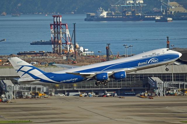 Souma2005さんが、香港国際空港で撮影したエアブリッジ・カーゴ・エアラインズ 747-83QFの航空フォト(飛行機 写真・画像)