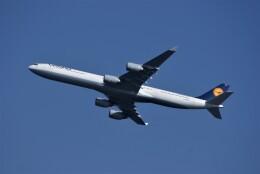 レドームさんが、羽田空港で撮影したルフトハンザドイツ航空 A340-642Xの航空フォト(飛行機 写真・画像)