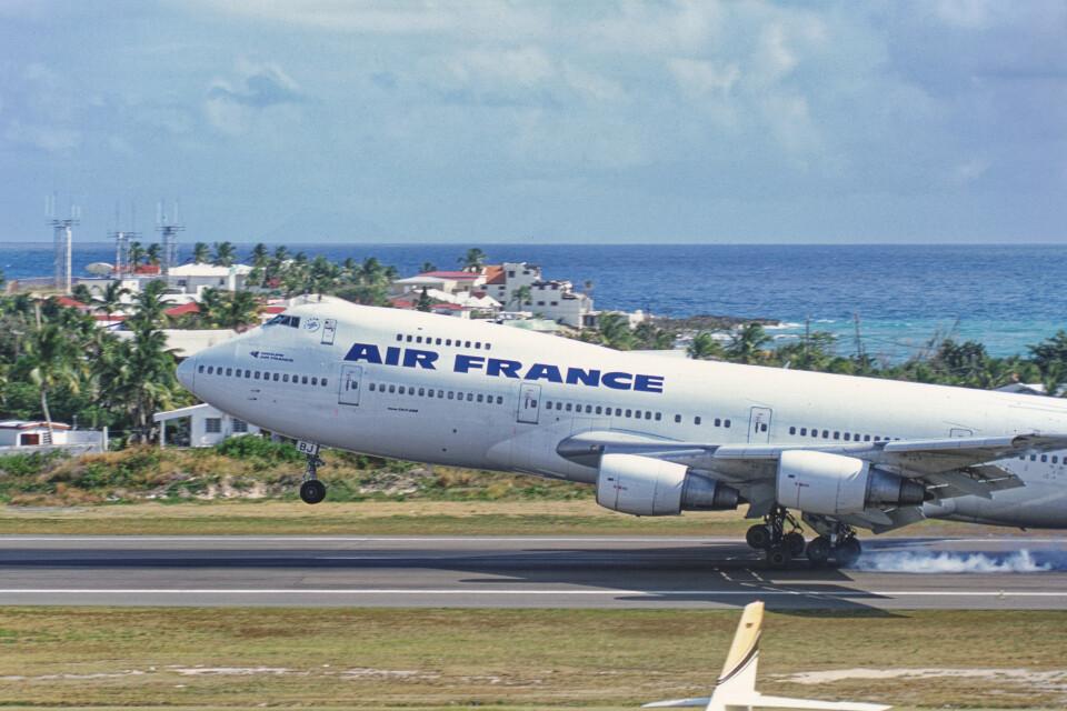 Airliners Freakさんのエールフランス航空 Boeing 747-200 (F-GCBA) 航空フォト