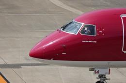senchouさんが、福岡空港で撮影したフジドリームエアラインズ ERJ-170-200 (ERJ-175STD)の航空フォト(飛行機 写真・画像)