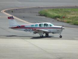 ヒコーキグモさんが、岡山空港で撮影した日本個人所有 A36 Bonanza 36の航空フォト(飛行機 写真・画像)